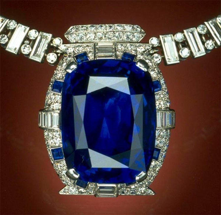 98-Carat Bismarck Sapphire Was a Honeymoon Gift From the Wealthiest Man in America